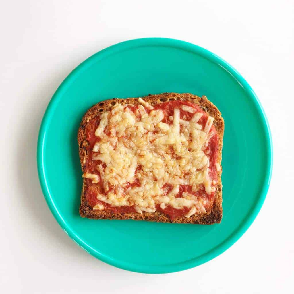 Healthy toast topping ideas for children, pizza