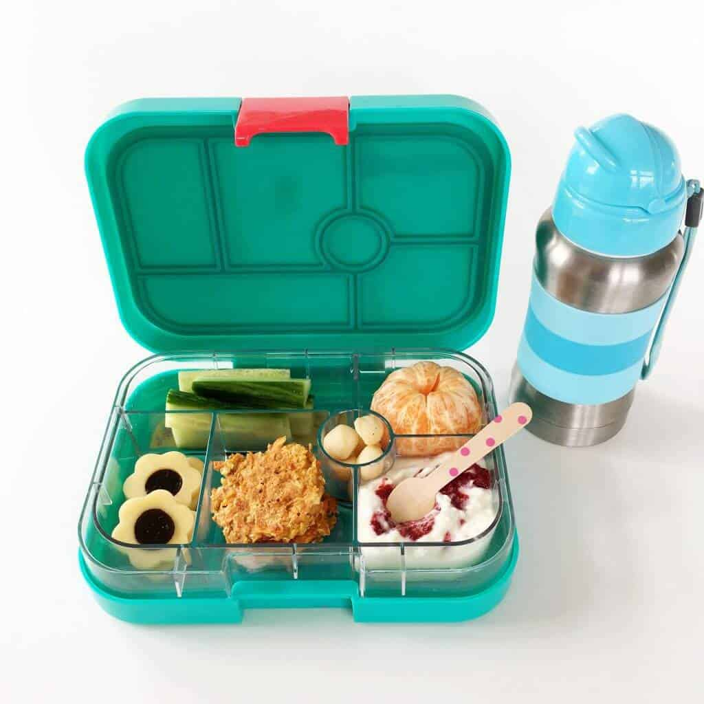 There are no sandwiches in this healthy kid lunch box. I have plenty of healthy simple kid lunch box ideas in my gallery.