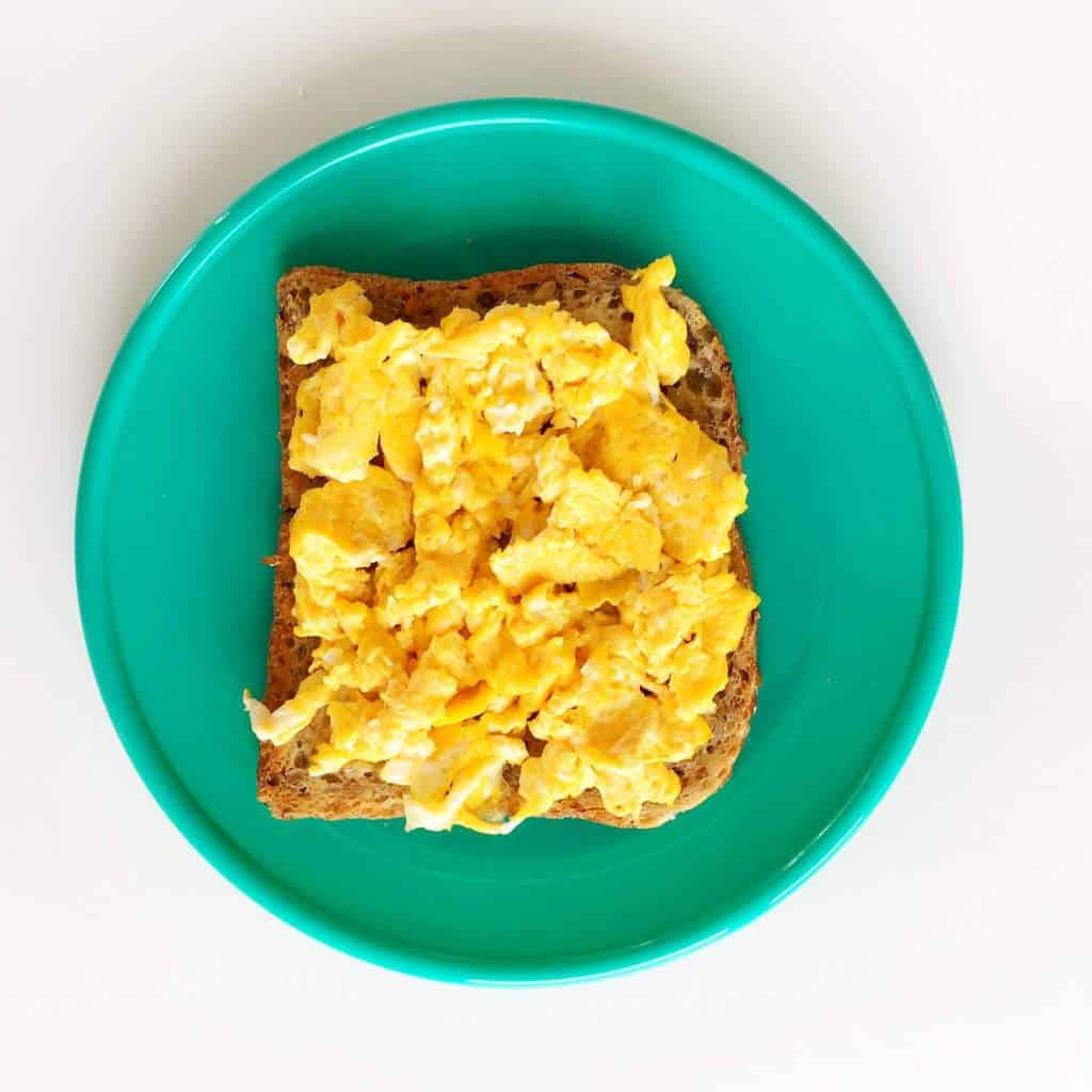 healthy-toast-toppings-egg