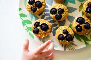 healthy blueberry banana pancake muffins
