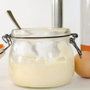 easy mayonnaise recipe homemade with 3 ingredients, paleo grain free, dairy free