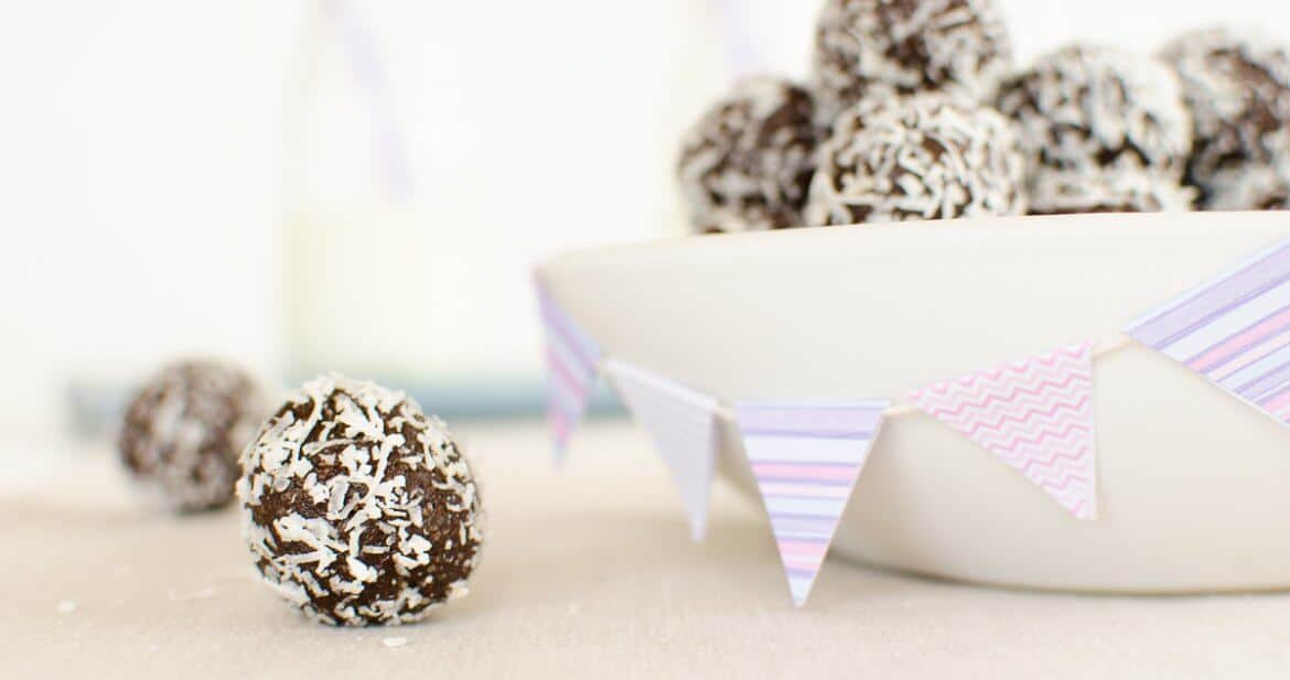 Chocolate bliss balls, nut free, snack for kids, lunchbox idea