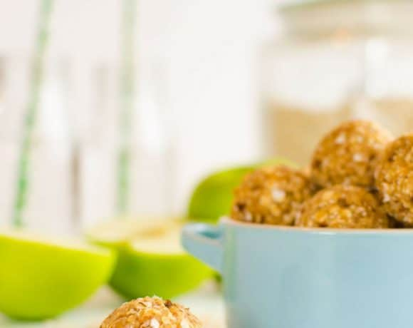 Apple Oat No Bake Bites