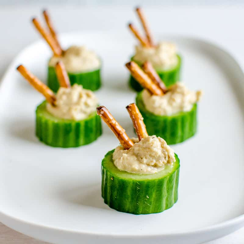 cucumber hummus cups an easy healthy snack idea for kids, could also be used for apetizers and finger foods #healthysnack #kidsfood