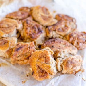 Healthy monkey bread recipe an easy refined sugar free take on a classic, sweetened with fruit perfect kid friendly snack