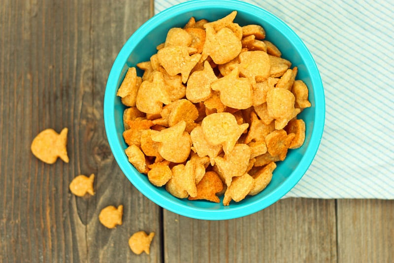 25 healthy homemade cracker recipes suitable for kids and the whole family Wholewheat goldfish crackers via Super Healthy Kids