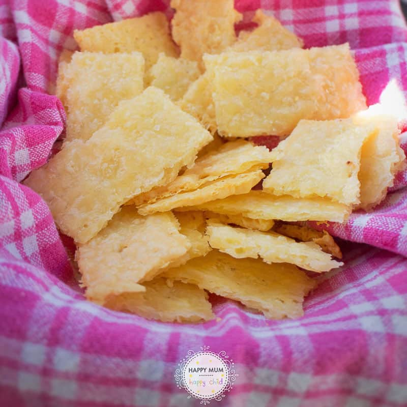 25 healthy homemade cracker recipes suitable for kids and the whole family Cheese Crackers via Happy Mum Happy Child
