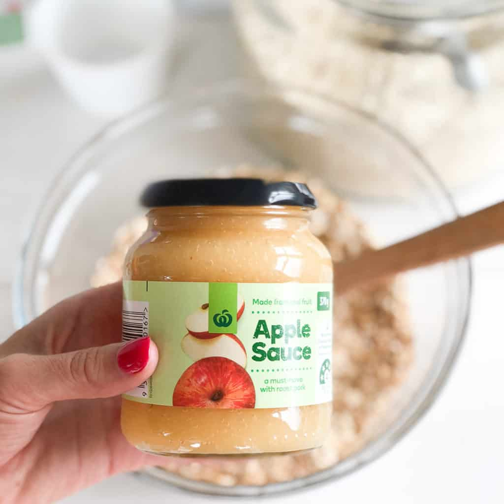 Apple Sauce an ingredient in healthy oat bars