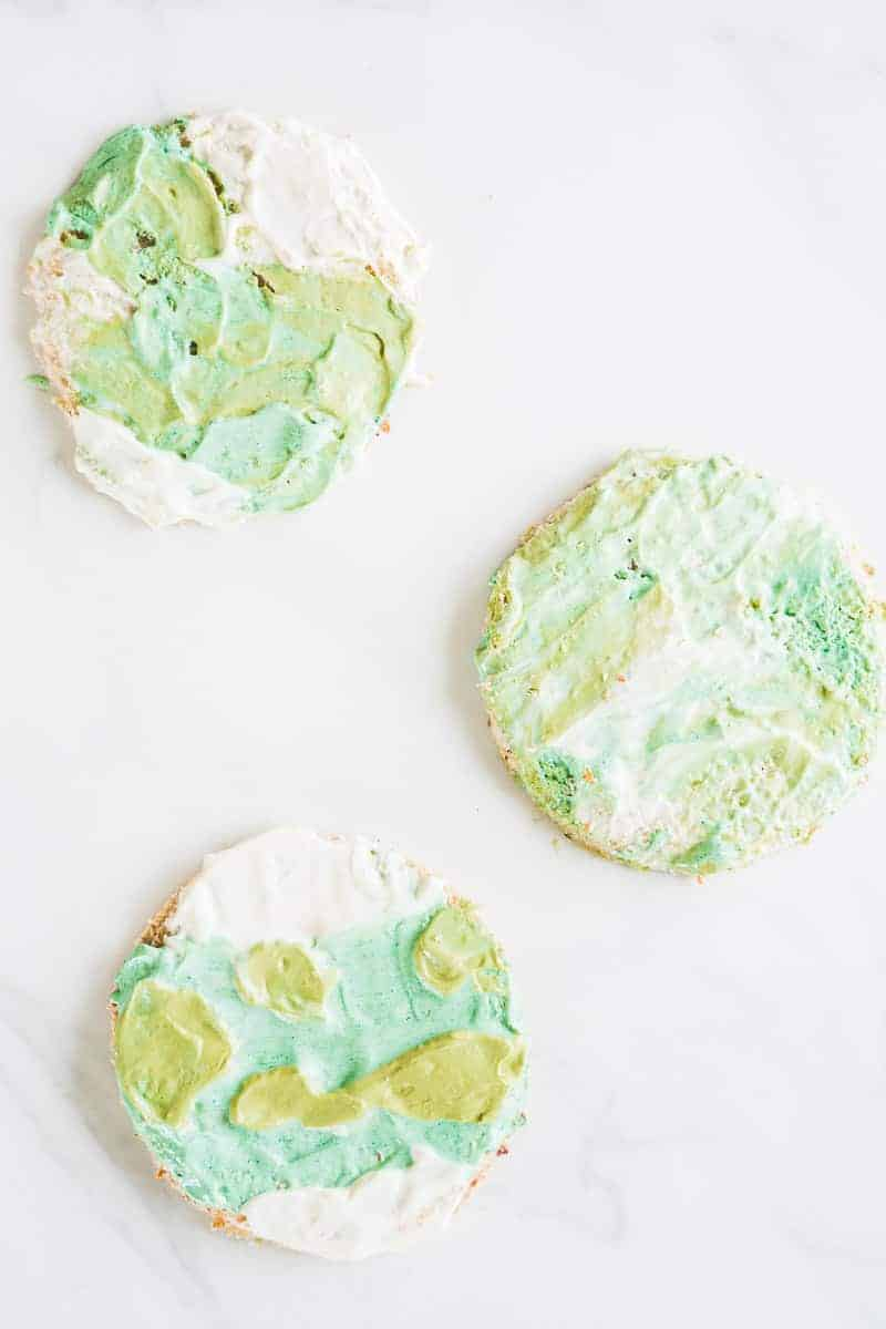 Earth day toasts, an easy activity for kids, simple food art