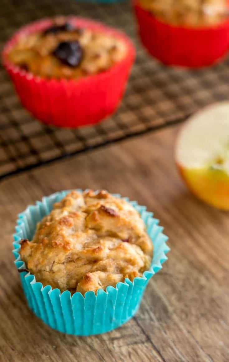 Apple and date muffins a healthy muffin recipe using breakfast cereal great for kids snacks or breakfast on the run #muffins #weetbix #kidssnacks