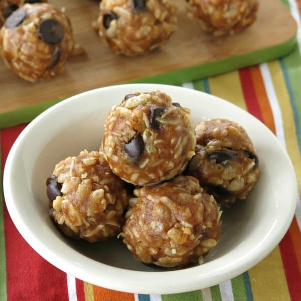 Date Balls with Rice Krispies Recipe