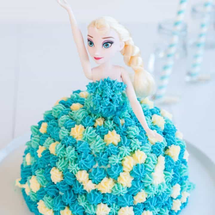 birthday cake decorated to look like Elsa